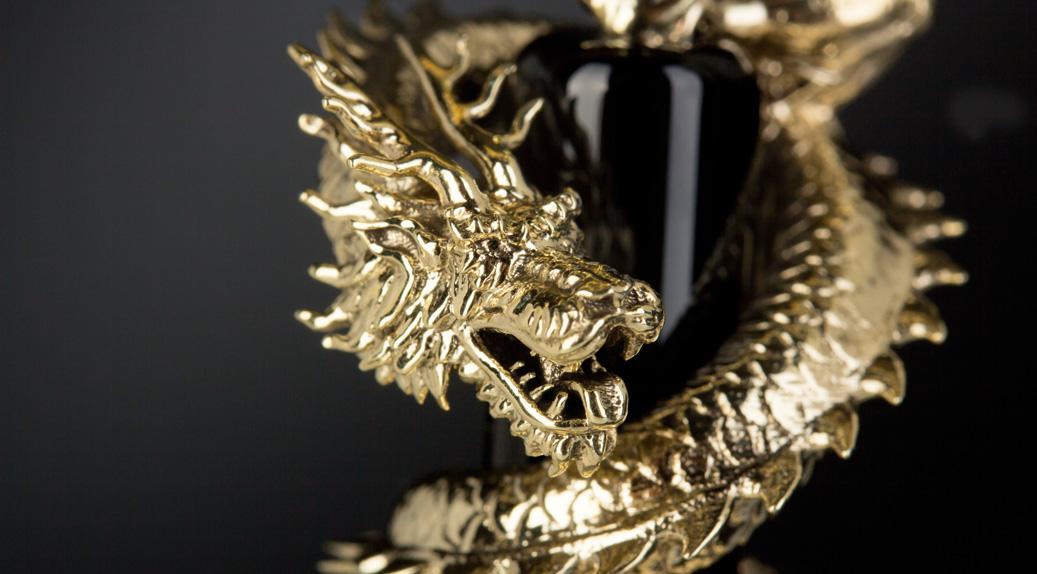 Schmuckstück Drache hergestellt mit Hilfe des Asiga 3D-Druckers